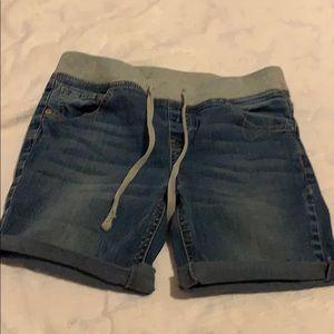 🍩Shorts w/ elastic waist kids size 14